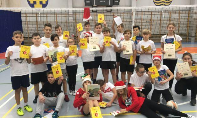 Mikołajkowy Turniej wMini Piłkę Siatkową Drużyn Mieszanych klasy 5c