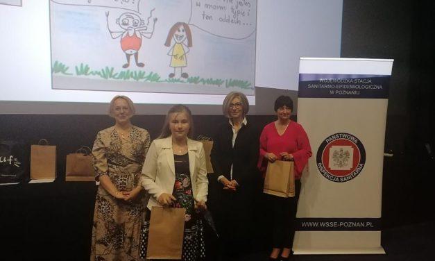 """Laureatka konkursu """"Palić, niepalić – oto jest pytanie?"""" – Zuzanna Kujawa Vb"""