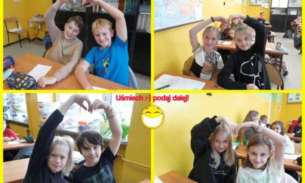 Uśmiech – podaj dalej! Akcja pozytywnie nakręconych uczniów SP3